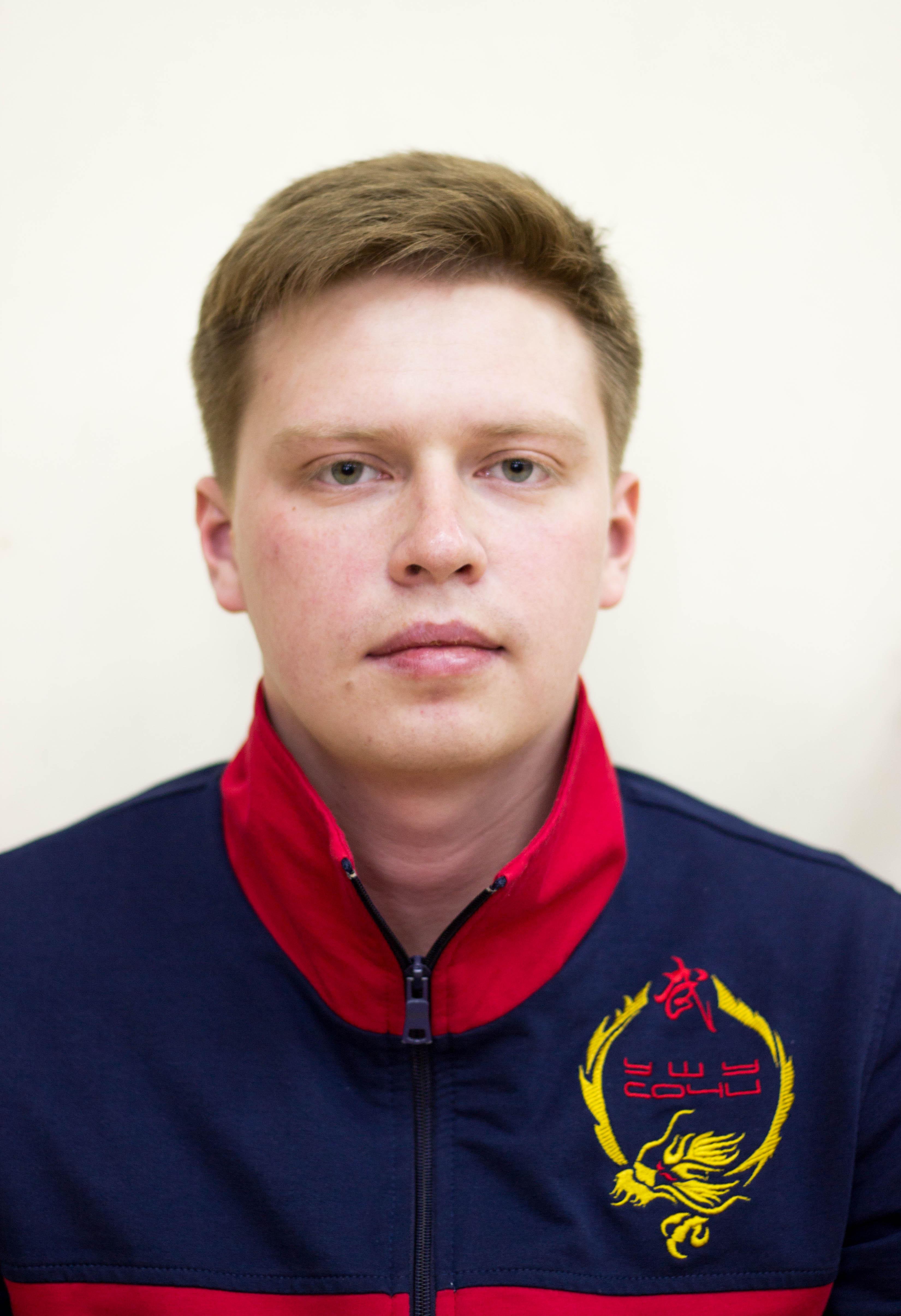 Макаров Павел Дмитриевич старший тренер отделения ушу (1)
